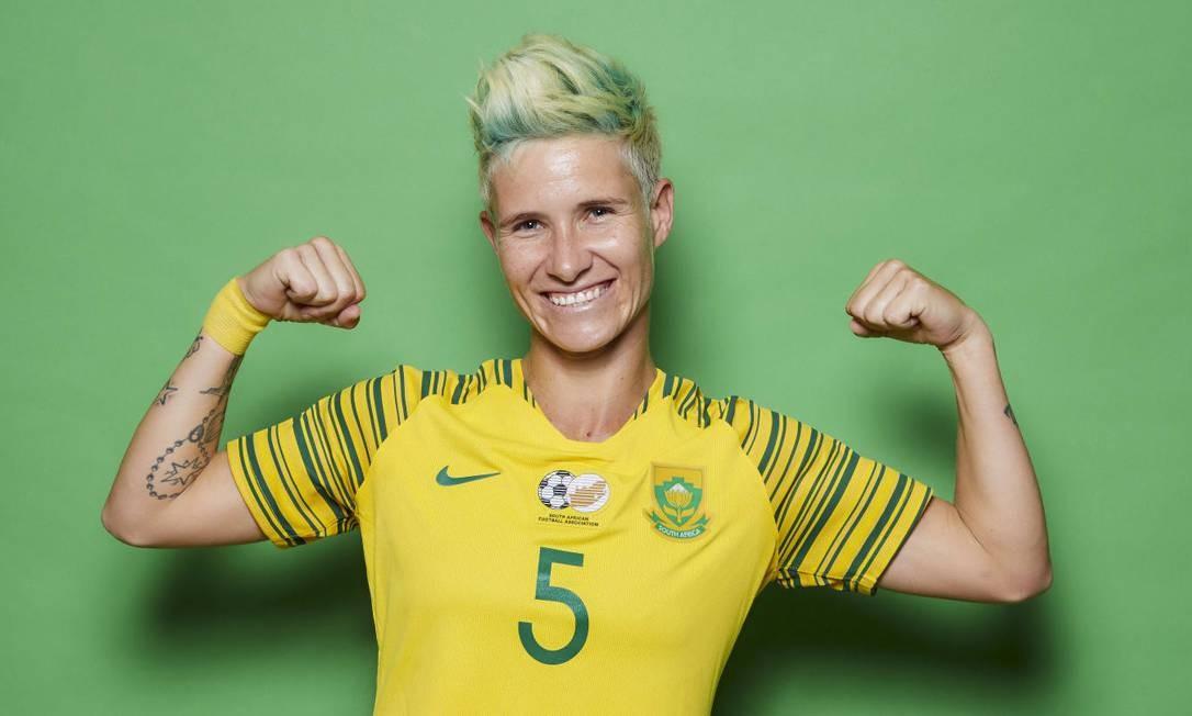 A capitã da equipe da África do Sul, Janine Van Wyk, de 32 anos, coloriu os cabelos com as cores do uniforme de sua seleção Foto: Fifa/Reprodução
