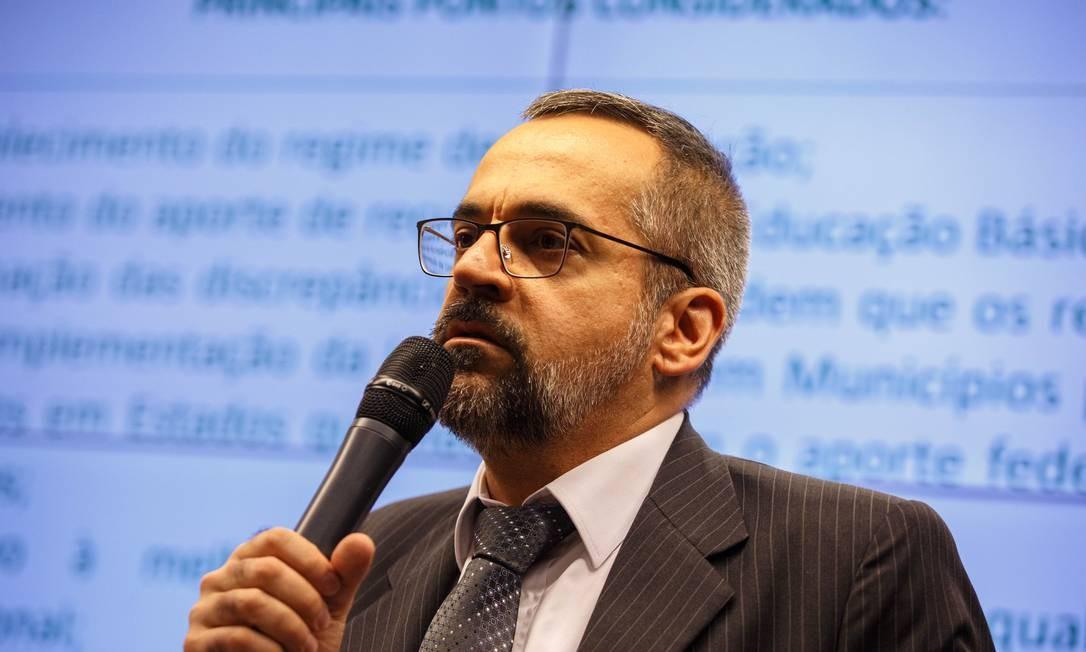O ministro da Educação, Abraham Weintraub durante encontro na Comissão Especial do Fundeb Foto: Daniel Marenco / Agência O Globo