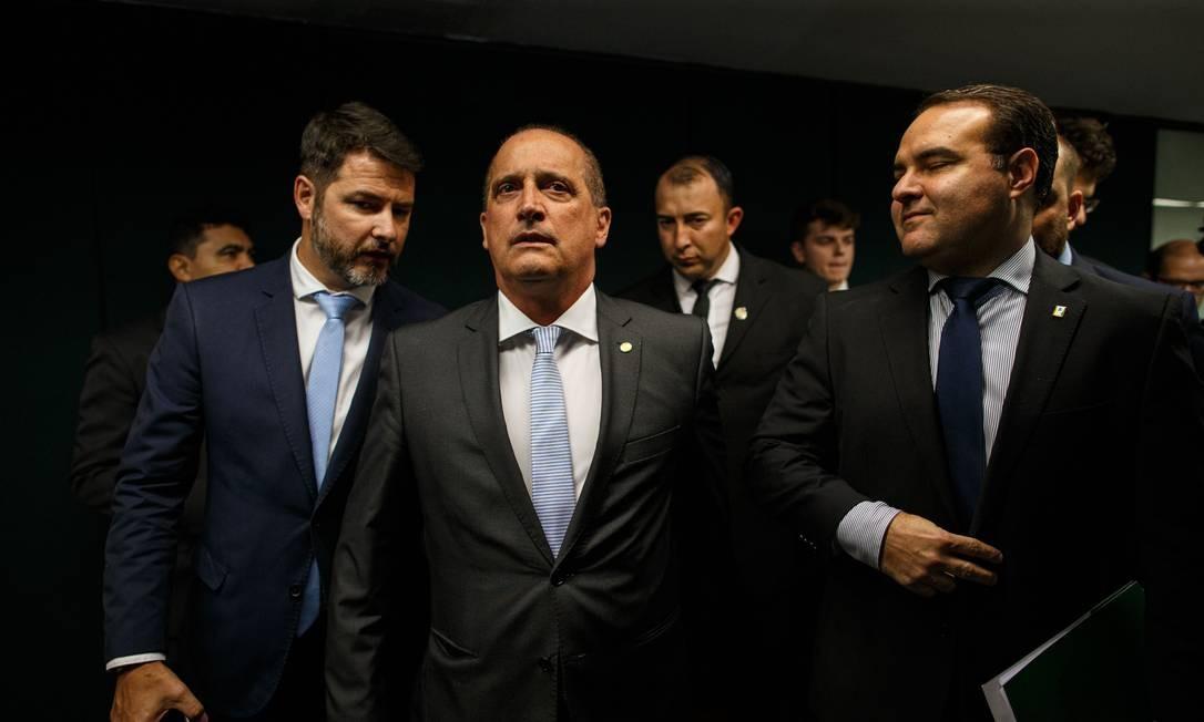 Os ministros chefe da Casa Civil, Onyx Lorenzoni e o ministro da Secretaria Geral da Presidencia, Jorge Oliveira Foto: Daniel Marenco / Agência O Globo