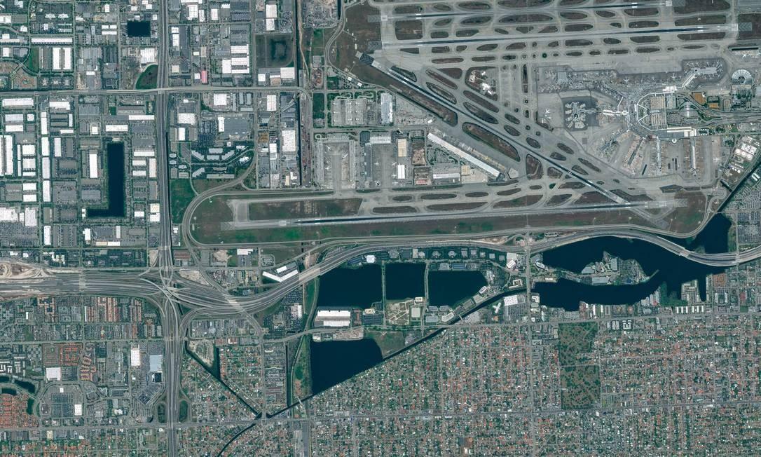 O Aeroporto de Miami é uma das obras de grande escala conduzidas pela Odebrecht nos Estados Unidos Foto: DigitalGlobe/ScapeWare3d / DigitalGlobe/Getty Images