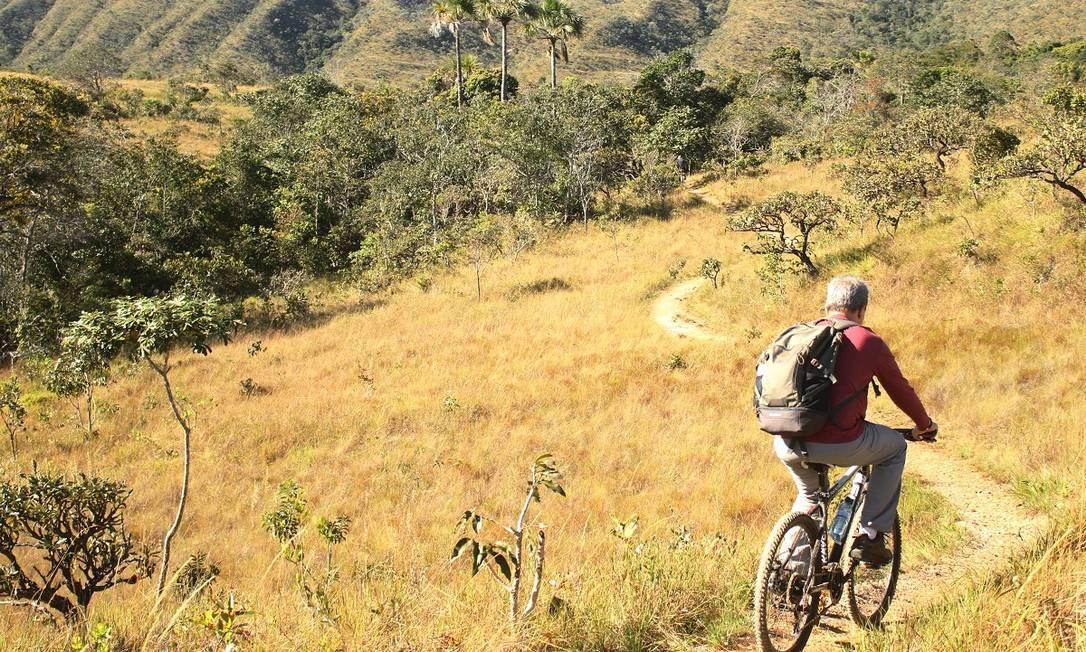Ciclismo na Fazenda Volta da Serra, em Alto Paraíso de Goiás, a principal entrada para o Parque Nacional da Chapada dos Veadeiros Foto: Eduardo Vessoni