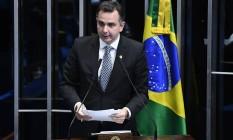O senador Rodrigo Pacheco (DEM-MG) discursa na tribuna do Senado Foto: Marcos Oliveira/Agência Senado