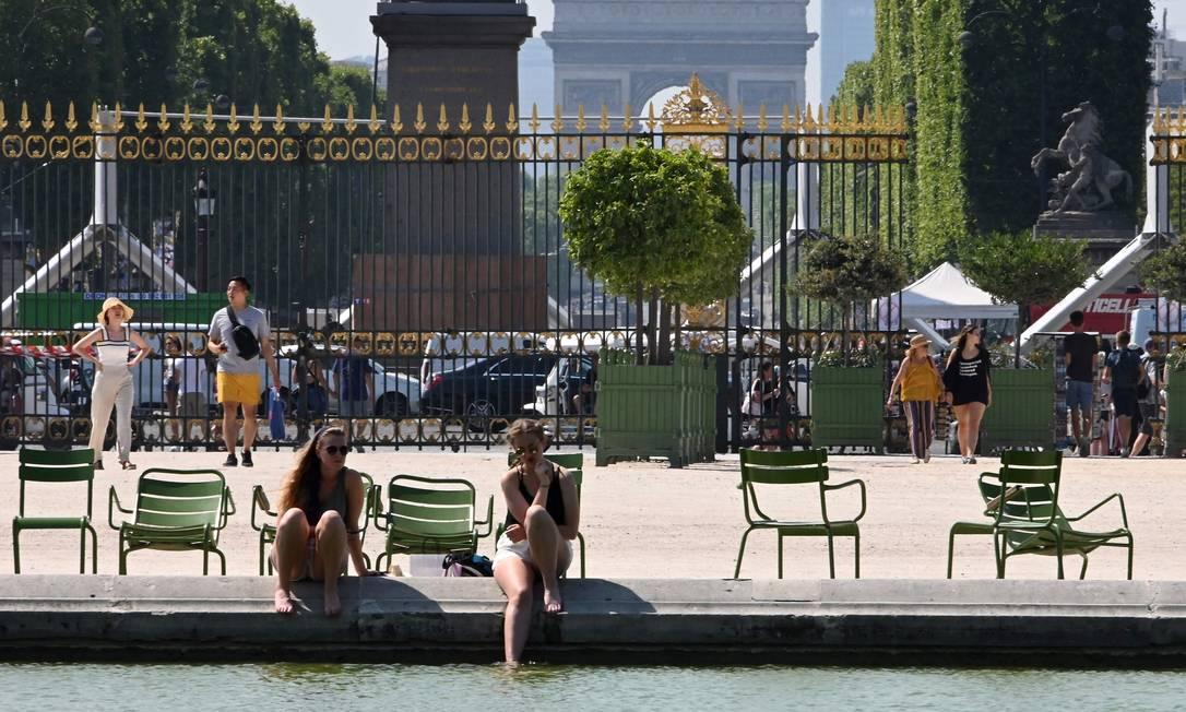 Meteorologistas dizem que os europeus sentirão calor escaldante esta semana com temperaturas de até 40ºC Foto: DOMINIQUE FAGET / AFP