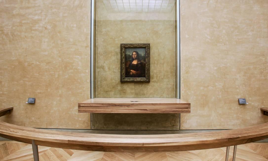 'Mona Lisa' em sua tradicional localização na Sala dos Estados, no Museu do Louvre Foto: JEAN-PIERRE MULLER / AFP