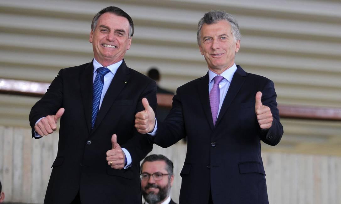 Bolsonaro recebe o presidente da Argentina, Mauricio Macri, e o ministro das Relações Exteriores, Ernesto Araújo, no Palácio do Itamaraty Foto: Jorge William / Agência O Globo