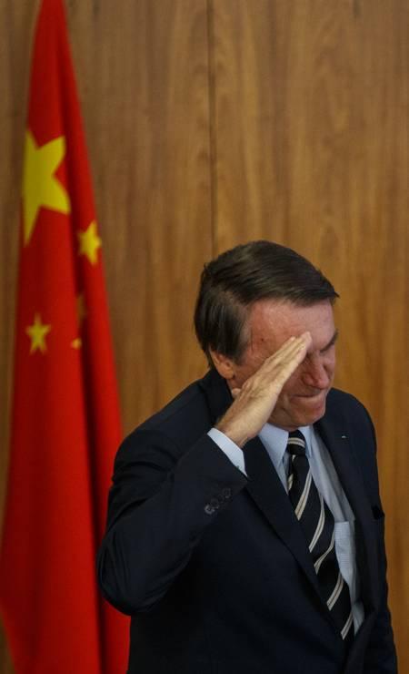 Bolsonaro participa de cerimônia com o embaixador da China, Yang Wanming, no Palácio do Planalto Foto: Daniel Marenco / Agência O Globo