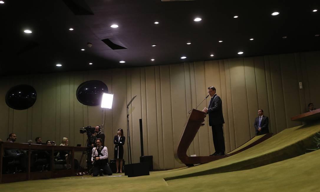 Preisdente Jair Bolsonaro discursa na cerimônia de formatura da turma do Instituto Rio Branco Foto: Jorge William / Agência O Globo