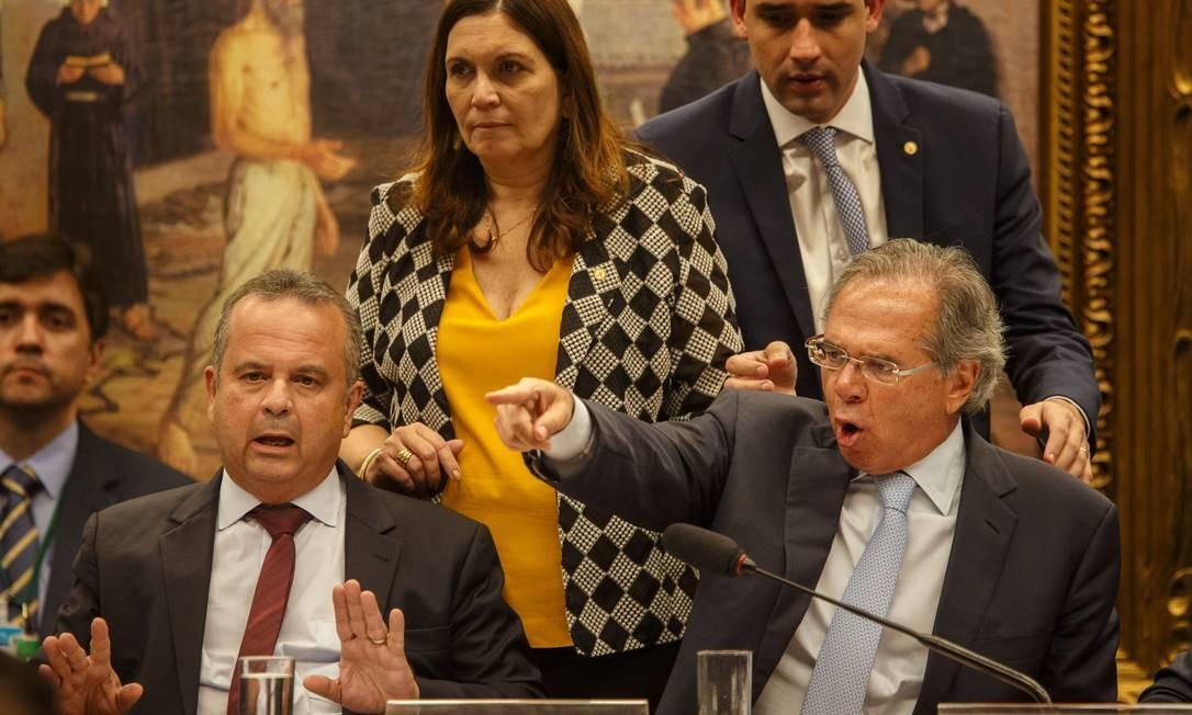 O ministro da Economia, Paulo Guedes, participa de audiência pública na comissão especial da Câmara dos Deputados. Ele foi convidado para esclarecer pontos na proposta de reforma da Previdência Foto: Daniel Marenco / Agência O Globo