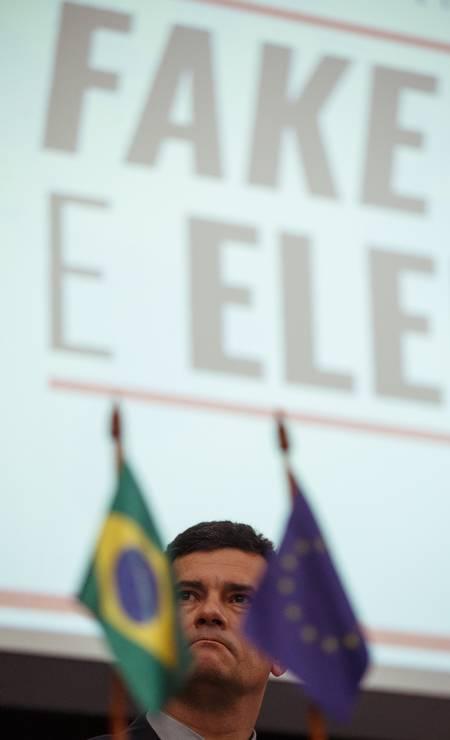 """O ministro da Justica, Sergio Moro, participa do Seminário """"Fake News e as Eleições"""", no Tribunal Superior Eleitoral (TSE), em Brasilia Foto: Daniel Marenco / Agência O Globo"""