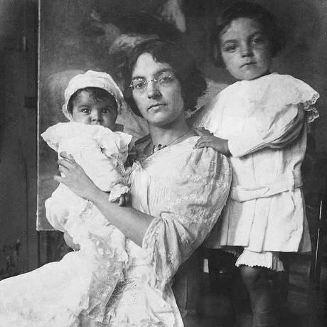 Georgina de Albuquerque se tornou a primeira mulher a pintar uma temática histórica envolvendo outra mulher: Leopoldina presidindo o conselho de Estado que determinou a independência do Brasil Foto: Reprodução