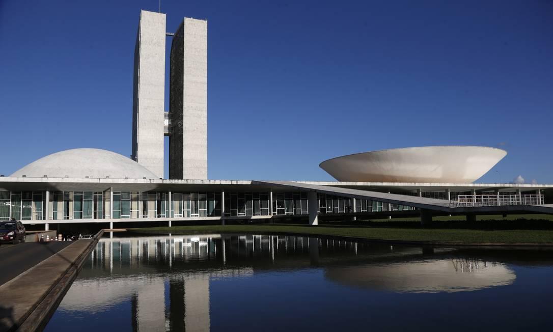 O Congresso Nacional (Senado e Câmara dos Deputados), na Esplanada dos Ministérios, também faz parte do conjunto tombado pela Unesco Foto: Michel Filho / Agência O Globo