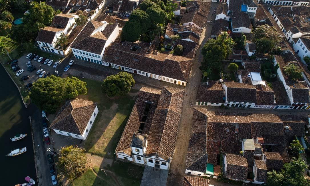 Vista aérea detalha as belezas do Centro Histórico de Paraty Foto: Brenno Carvalho / Agência O Globo