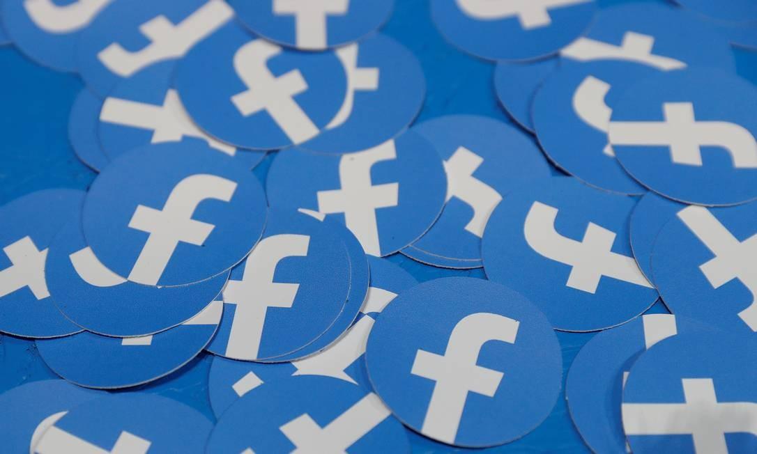 Justiça alemã afirma que rede social escondia opção de denúncias seguindo a lei de transparência, reduzindo o número total de queixas Foto: Stephen Lam / REUTERS