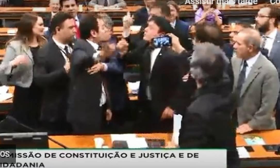 Sessão com Moro é encerrada com confusão na Câmara Foto: Reprodução / TV Câmara