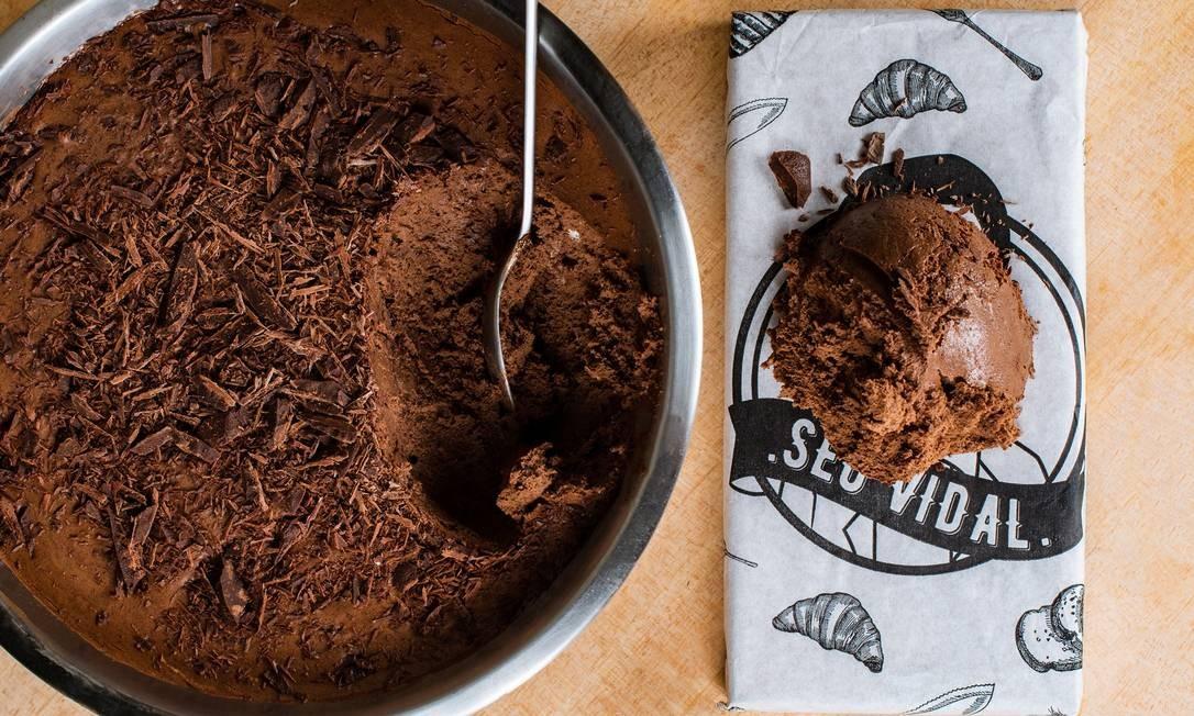 Seu Vidal: mousse de chocolate roots (R$ 18). Rua Ronald de Carvalho 275, Copacabana - 3439-7719. Foto: Divulgação/Alex Woloch