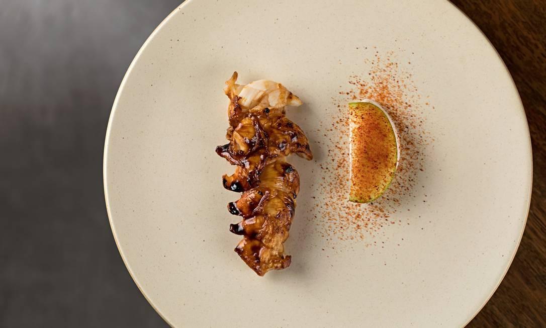 RS - restaurante Oteque Cavaquinha com maionese de peixe Foto: Rodrigo Azevedo