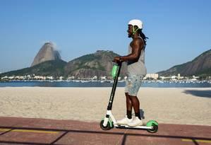 Lime inicia o serviço das patinetes elétricas no Rio Foto: Gustavo Wittich / Divulgação
