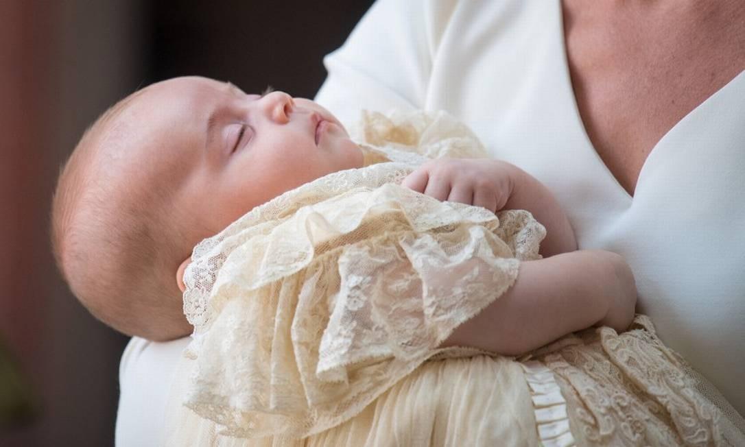 Em julho de 2018, o caçula do príncipe William e Kate Middleton, Louis, foi batizado na capela do Palácio de Saint James, em Londres, aos 3 meses Foto: POOL / REUTERS