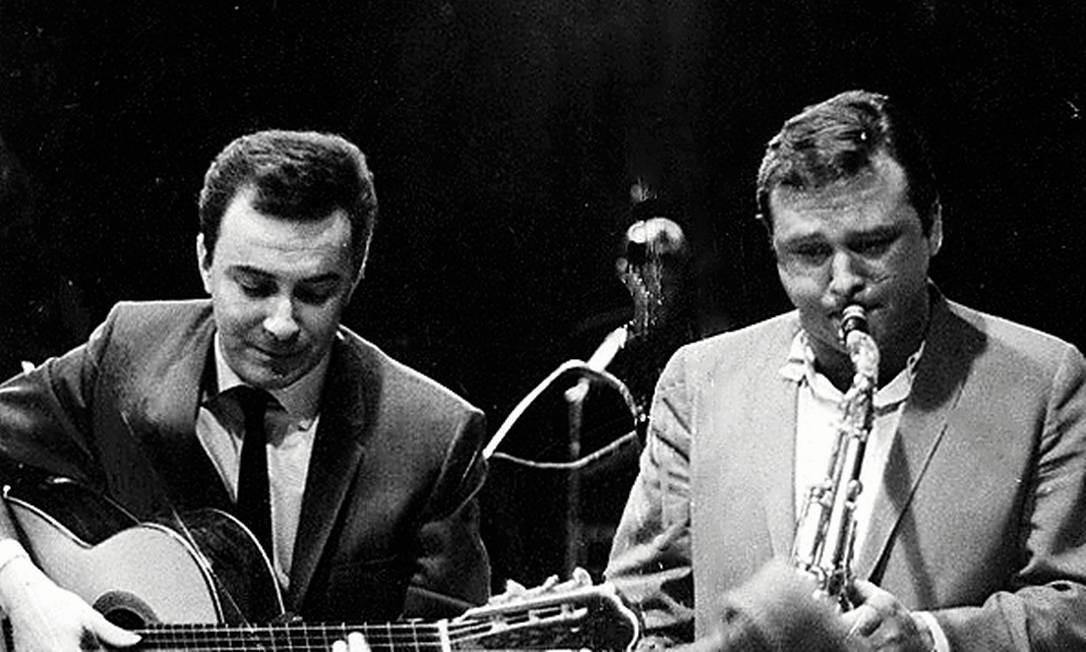 O sucesso internacional da bossa nova aproximou João de músicos como o saxofonista americano Stan Getz, com quem desenvolveu uma longa parceria Foto: Divulgação