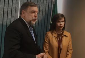 O senador Flávio Arns (Rede-PR) e a deputada Dorinha Seabra (DEM-TO) Foto: Reprodução