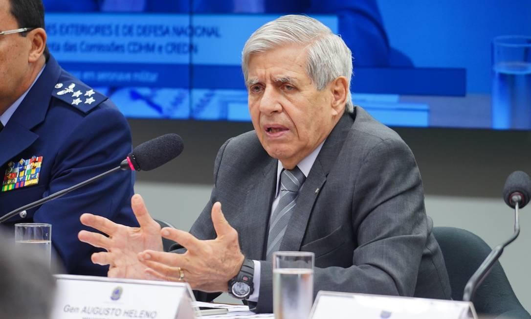 O ministro do Gabinete de Segurança Institucional (GSI), Augusto Heleno, durante audiência pública na Câmara dos Deputados Foto: Pablo Valadares/Câmara dos Deputados