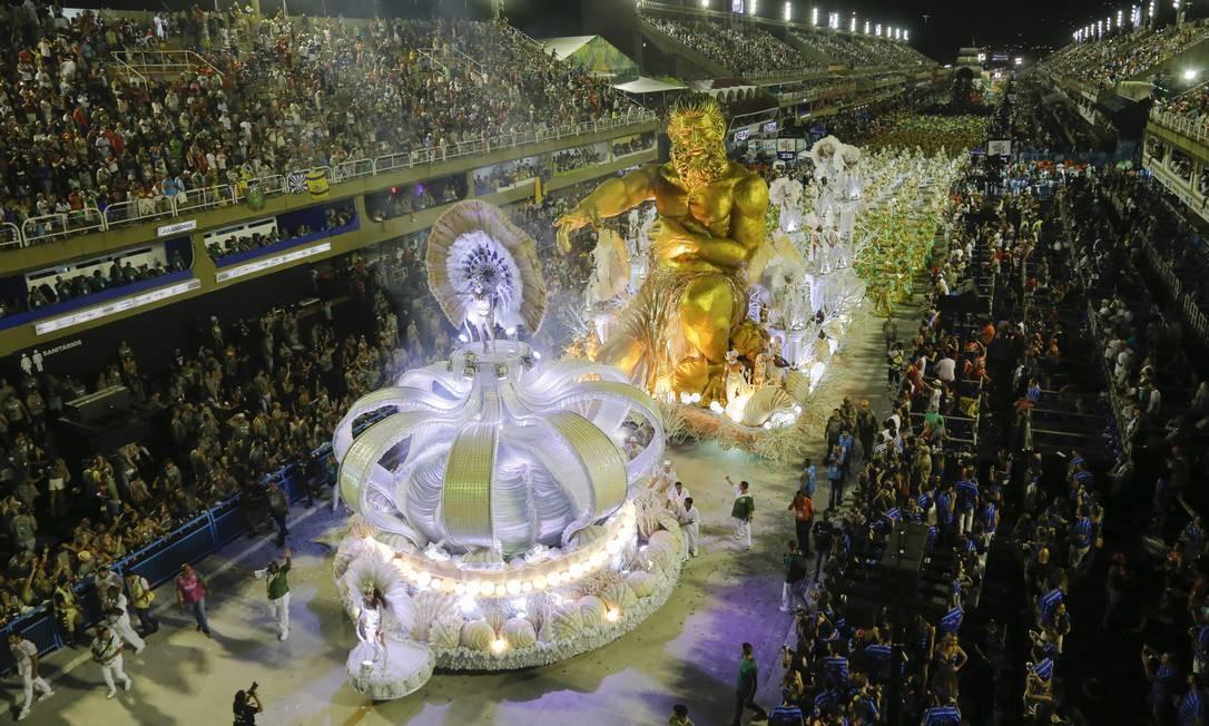 RI Rio de Janeiro (RJ) - 03/03/2019 - CARNAVAL 2019 - Desfile das Escolas do grupo especial (Domingo) - Imperatriz Leopoldinense. Foto: Luis Alvarenga / Agência O Globo Foto: Luís Alvarenga / Agência O Globo