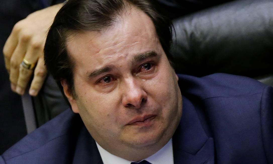 O presidente da Câmara, deputado Rodrigo Maia (DEM-RJ), se emocionou ao ser aplaudido e ter o nome ovacionado por parte dos deputados após a aprovação da Reforma da Previdência Foto: ADRIANO MACHADO / REUTERS