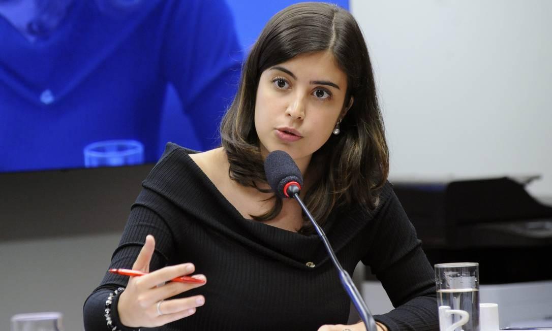 A deputada Tabata Amaral (PDT-SP) discursa durante audiência pública sobre violência nas escolas Foto: GILMAR FELIX / Cleia Viana/Câmara dos Deputados