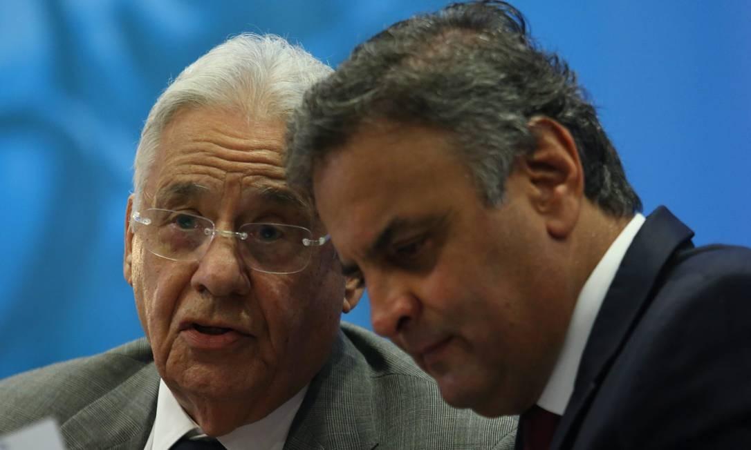 O ex-presidente Fernando Henrique Cardoso e o deputado federal Aécio Neves (PSDB-MG) Foto: André Coelho / Agência O Globo
