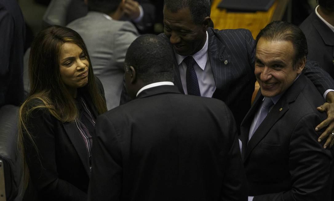 Flordelis permaneceu em silêncio no plenário da Câmara na votação da Previdência. Foto: Daniel Marenco / Agência O Globo