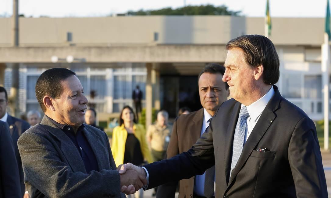 O vice-presidente Hamilton Mourão e Jair Bolsonaro Foto: Carolina Antunes/PR