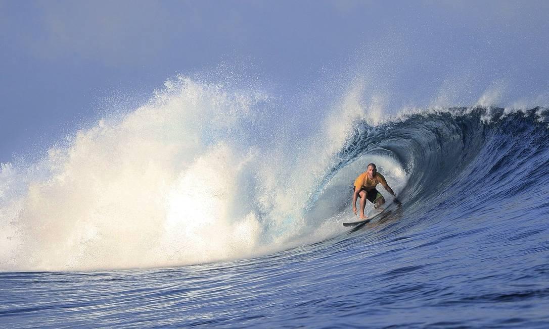Um dos hobbies de Eduardo Bolsonaro é o surfe Foto: Reprodução/Twitter