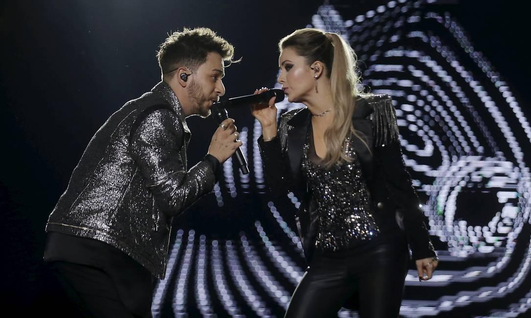 Após 12 anos de espera, Sandy e Junior retornaram aos palcos Foto: MARCELO THEOBALD / Agência O Globo