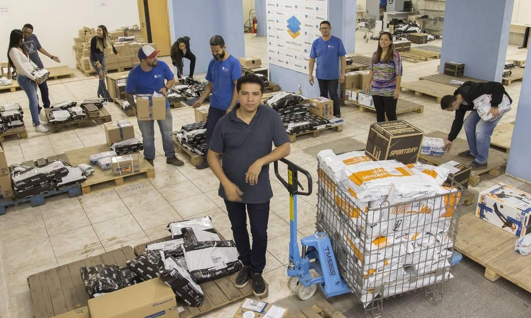A B2Log é uma espécie de Uber das entregas. Na foto, o CEO Juca Oliveira Foto: Edilson Dantas / Agência O Globo