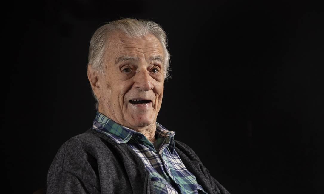 O ator e comediante Orlando Drummond está prestes a completar 100 anos Foto: Ana Branco / Agência O Globo