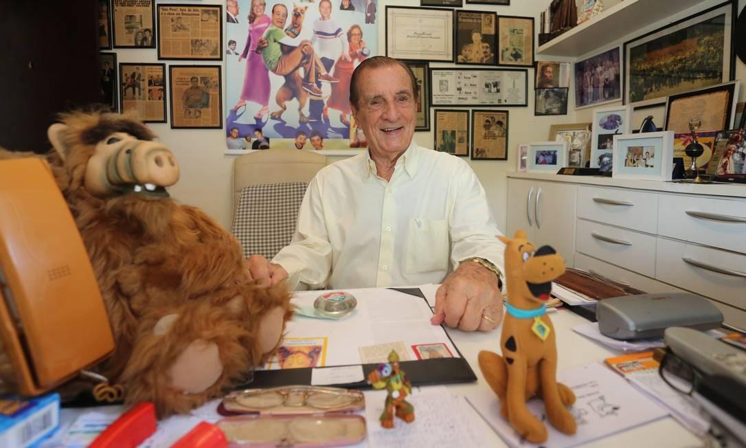 O ator Orlando Drummond emprestou sua voz para imortalizar alguns personagens da TV, como o cão Scooby-Doo e Alf, o ETeimoso Foto: Marcelo Theobald /