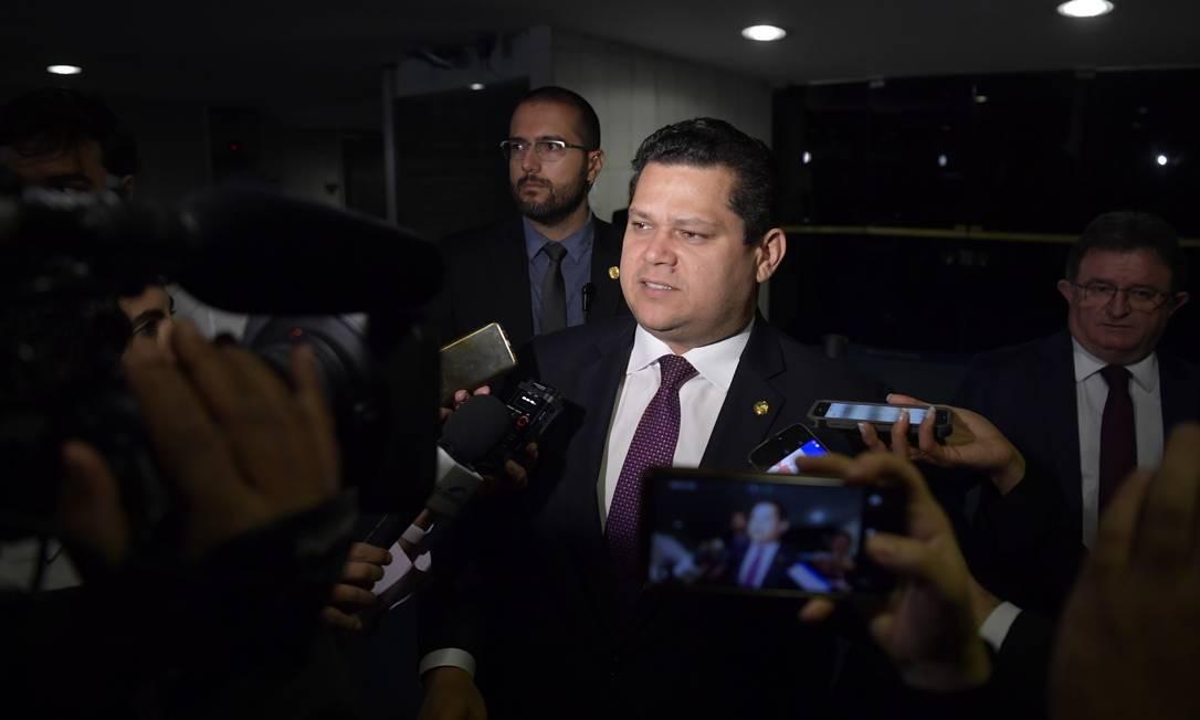 O presidente do Senado, Davi Alcolumbre, durante entrevista Foto: Marcos Brandão/Senado Federal