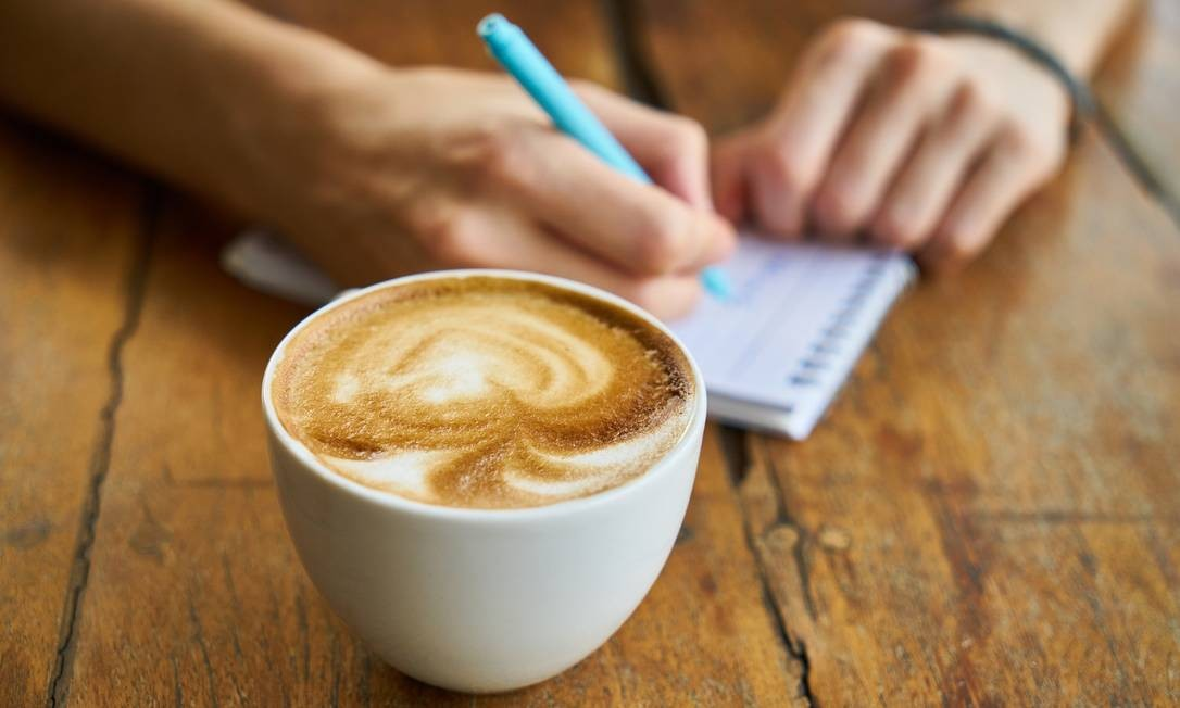 Não foi observada associação significativa entre o café e os níveis de pressão arterial no caso de pessoas que consumiam até três xícaras ao dia, mesmo em pessoas com predisposição. Foto: Pixabay