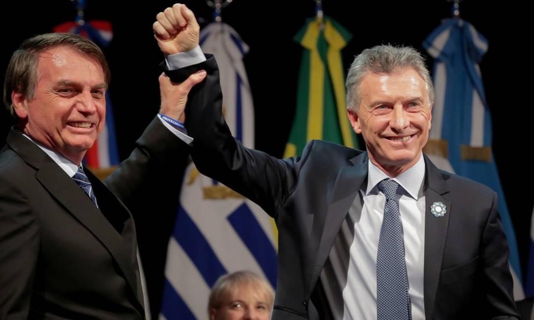 Bolsonaro e Macri: defesa da indicação do filho Eduardo para embaixada nos EUA Foto: HANDOUT / REUTERS