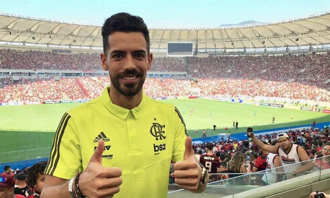 [COMENTE]: Leo Pereira ou Gustavo Henrique, quem deve herdar a vaga de Pablo Marí?