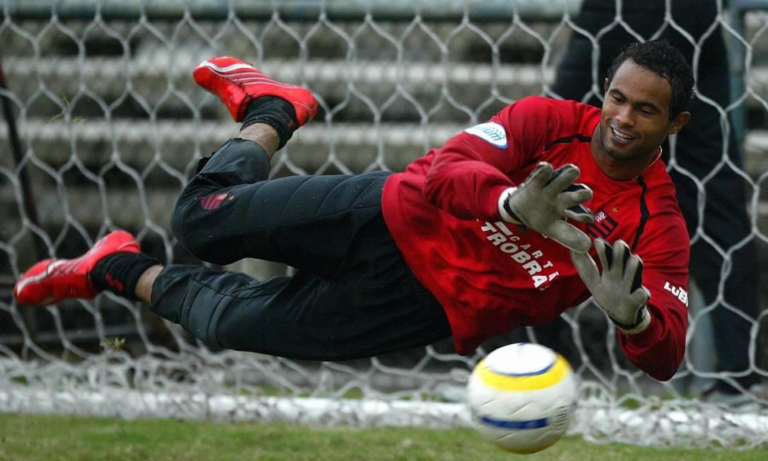 Na época do crime, Bruno atuava pelo Flamengo Foto: Cezar Loureiro / Agência O globo
