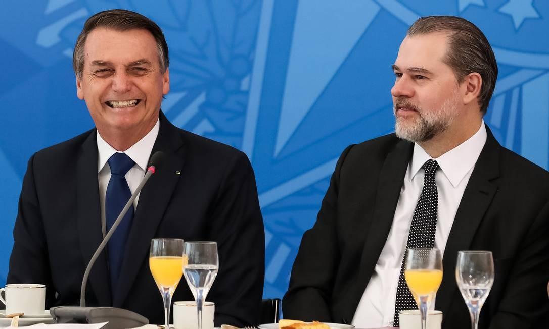 Jair Bolsonaro e Dias Toffoli durante café da manhã em Brasília, no fim de maio Foto: Marcos Corrêa / PR