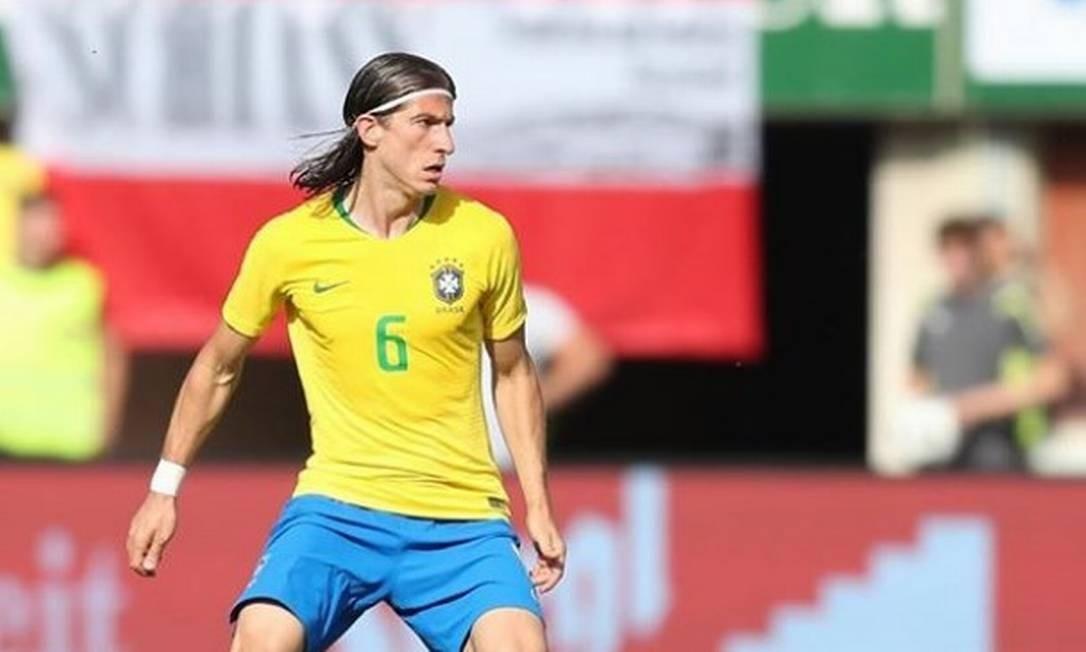Filipe Luís em ação pela seleção brasileira Foto: Reprodução