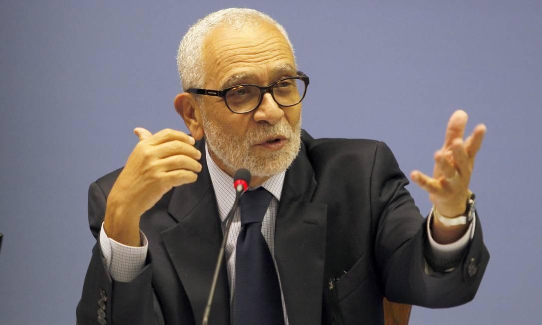 O embaixador José Alfredo Graça Lima, então chefe do departamento de Ásia do Itamaraty Foto: Givaldo Barbosa/14-5-15 / O Globo