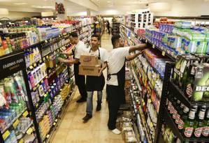 O supermercado Farinha Pura já revisou sua projeção para 2019 de estabilidade para alta de até 15% no fim do ano Foto: Marcos Ramos / Agência O Globo