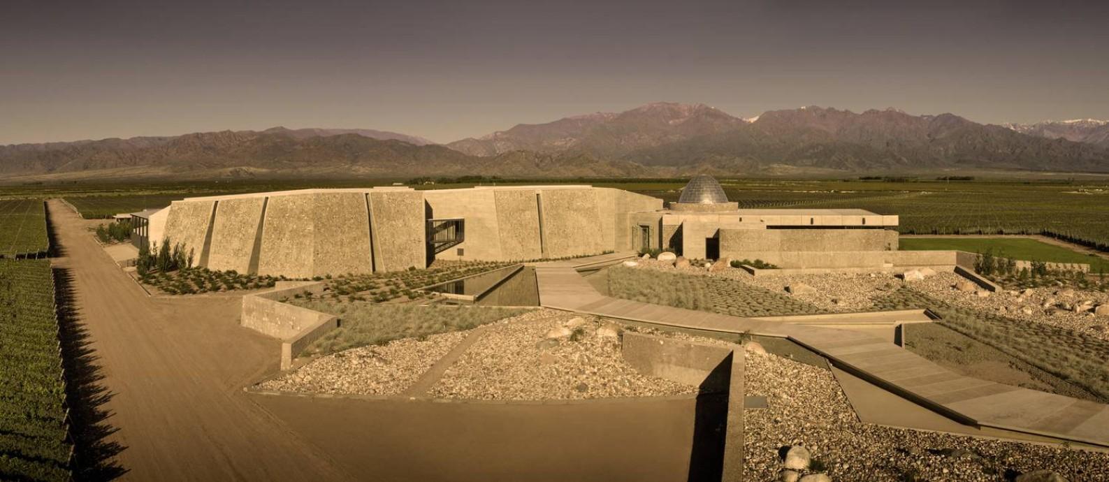 A vinícola Zuccardi Valle de Uco: escolhida a melhor do mundo. Jurados elegeram os lugares mais incríveis para degustar vinho e aprender sobre vinificação Foto: Divulgação