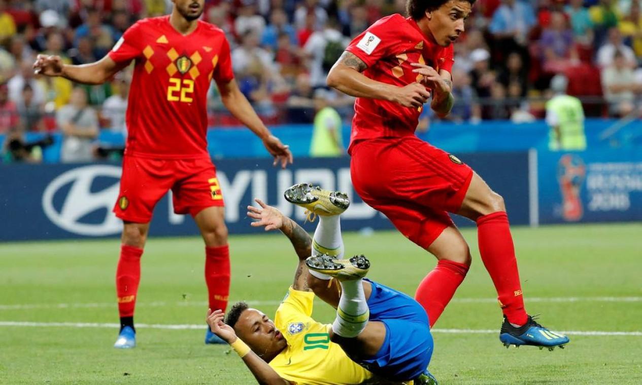 Na Copa do Mundo de 2018, na Rússia, Neymar vira motivo de piadas e memes pela quantidade de vezes que caiu em campo. Na foto, o atacante em jogo das quartas de final com a Bélgica, na Arena Kazan Foto: TORU HANAI / Reuters