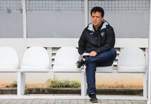 O técnico do Fluminense, Fernando Diniz Foto: Lucas Mercon/Fluminense
