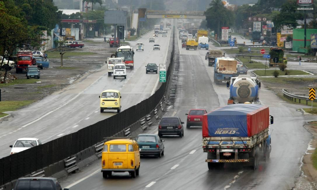 O governo federal suspendeu a nova tabela de fretes para evitar uma possível greve de caminhoneiros, que completou um ano Foto: Marco Antônio Teixeira / Agência O Globo