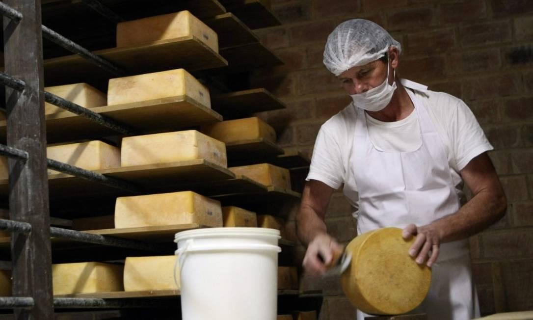 A Região Serrana tem uma produção enorme de queijos de todos os tipos. Produtos poderão ser exportados para China Foto: Felipe Hannover- Agência O Globo